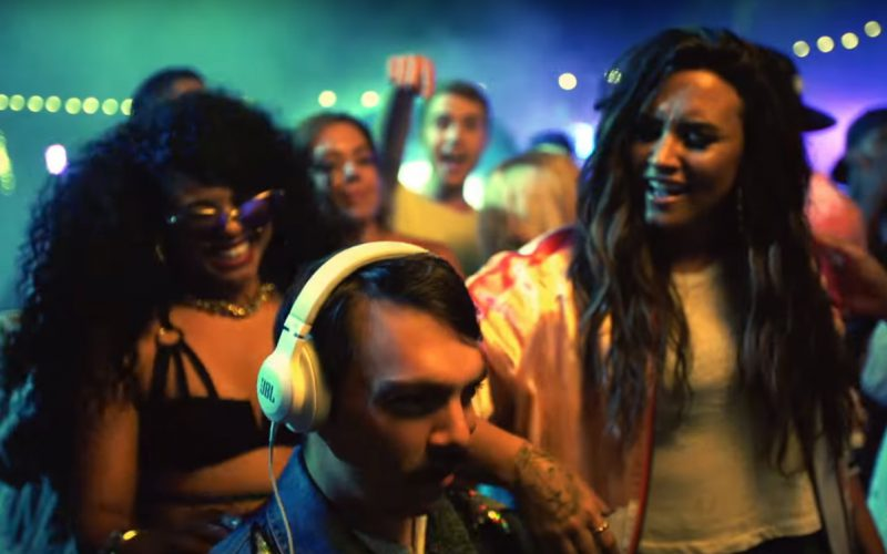 JBL Product Placement-Demi Lovato 'Sorry Not Sorry'